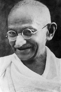 Lebe als würdest du … Zitat #68, Gandhi